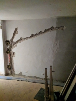 Fonte Martino Renovation Jackhammer Walls