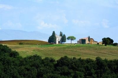 Chapel Madonna di Vitaleta in Tuscany