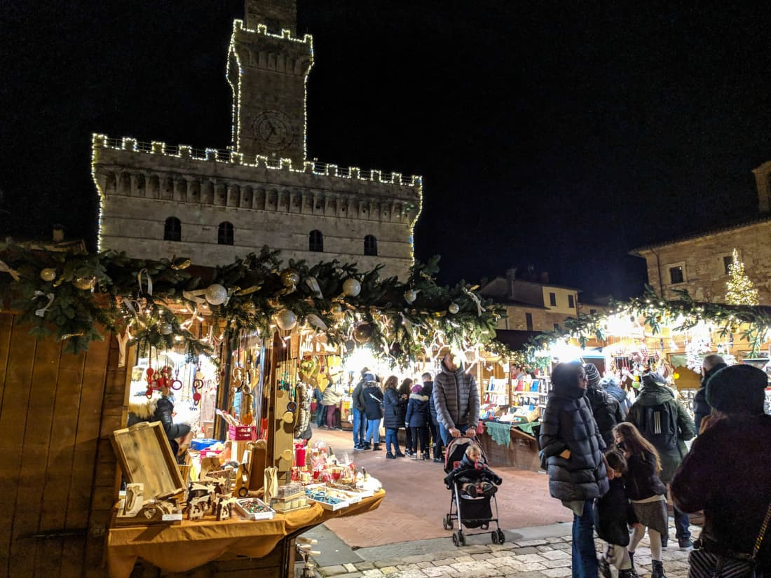 christmas market in montepulciano