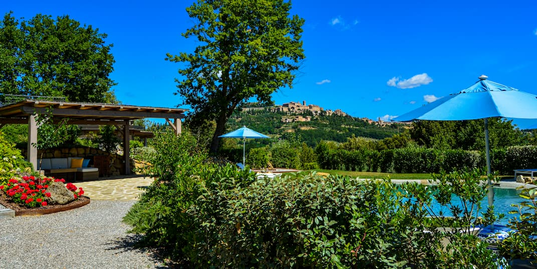 tuscany_bed_and_breakfast_pool_montepulciano
